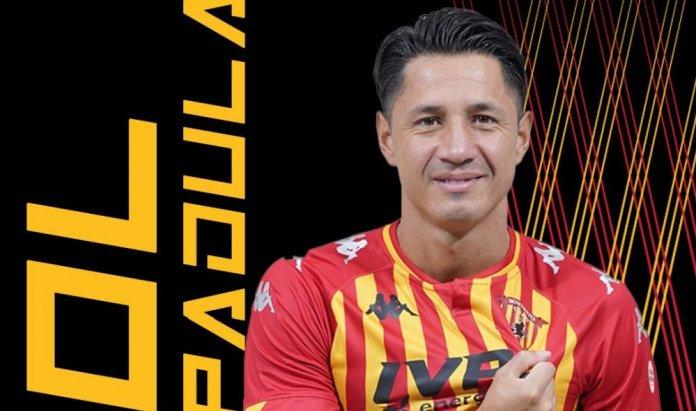 Gianluca Lapadula inició trámites para su nacionalización. (Benevento Calcio)