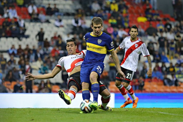 Boca vs River juegan el Superclasico del Futbol Argentino